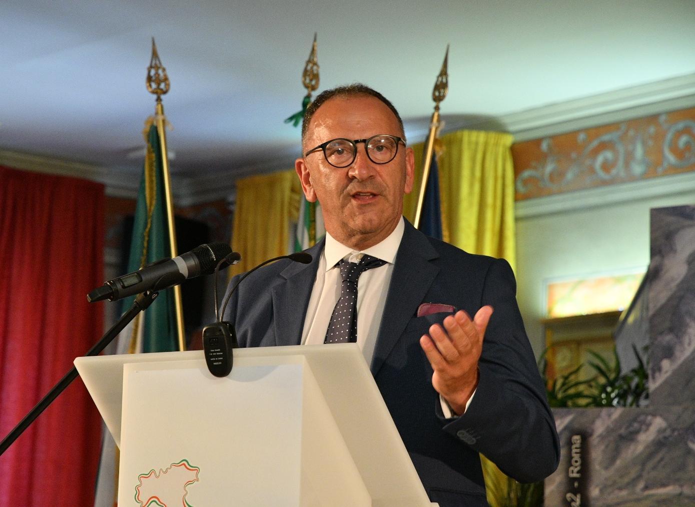 Giusto riconoscimento alle lavoratrici e ai lavoratori della Spumador di Sulmona
