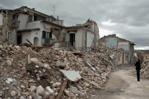 """Cisl su ricostruzione dell'Aquila: """"Manodopera irregolare nei cantieri"""""""